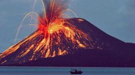 Satu Hari Gunung Anak Krakatau Alami 101 Kali Letusan