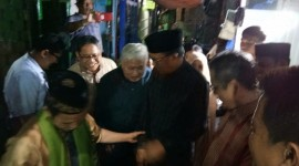 Ditinggal Istri, Ustad Maulana Tetap Tabah